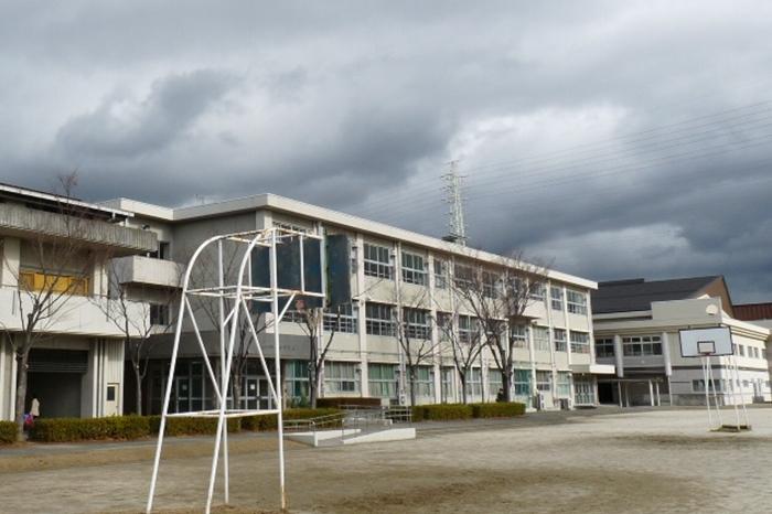 岐阜市立梅林中学校