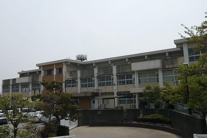 岐阜市立厚見中学校