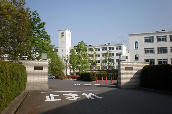 春日丘中学校・高等学校
