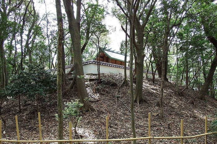 守山城址の碑