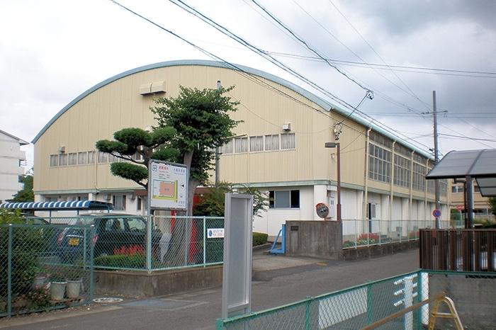 大輪体育館