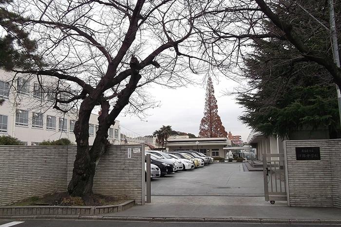 名古屋市立汐路中学校