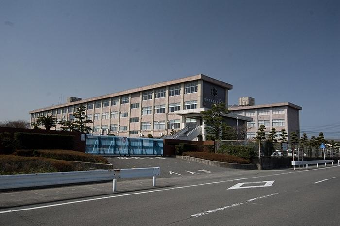 愛知県立西春高等学校