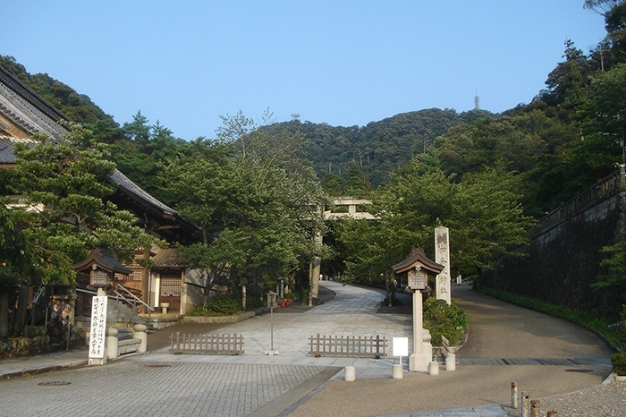 伊奈波神社
